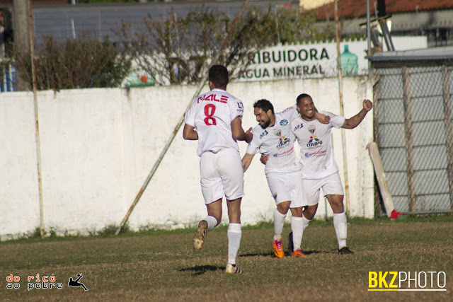 Com dois gols de Tomate e um de Feijão, Capão Raso vence com tranquilidade por 3 a 0 (Yuri Casari/DRAP)