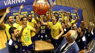 Brasil vence por 3 sets a 2 e está nos Jogos Olímpicos (divulgação/CBV)